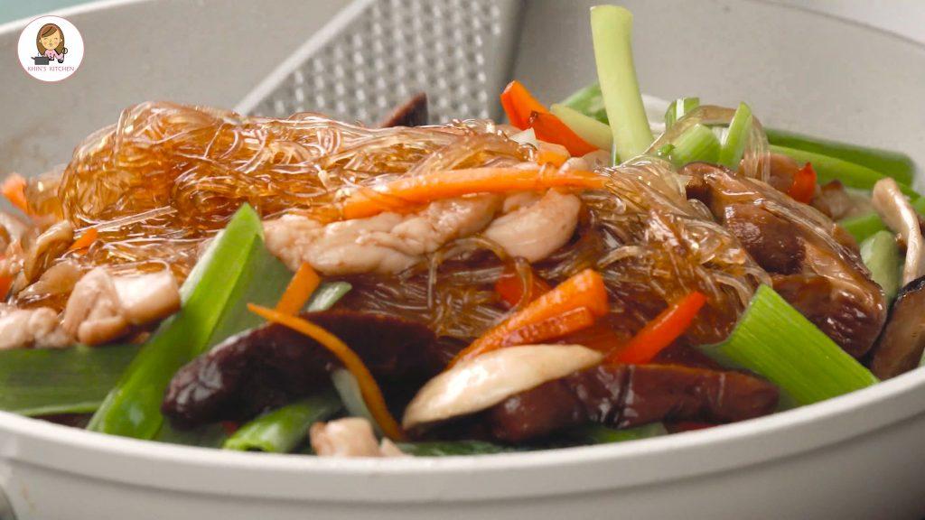 Glass noodle | Japchae