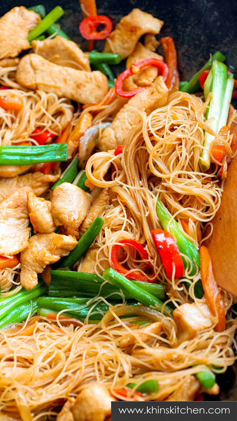 Chicken and Rice Vermicelli Stir Fry